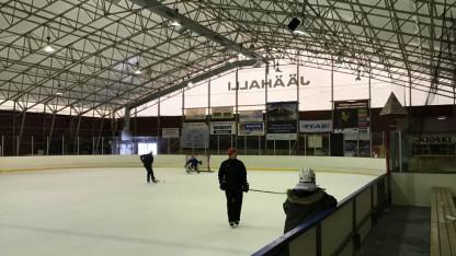 Äänekoskelle rakentuu maailman energiatehokkain jäähalli – käyttöikänsä päähän tullut vanha halli myytiin Kiertonetin avulla